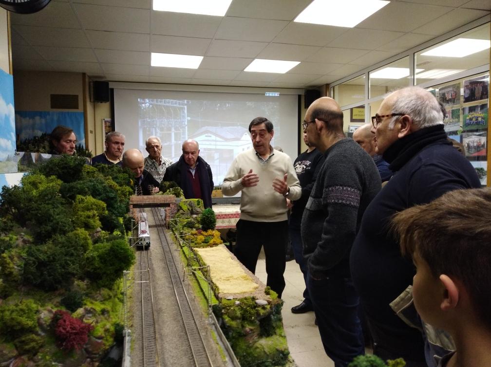 Fotos i videu de l'activitat presentació mòdul Torrebonica. Edu Martínez i Emilio Cano.