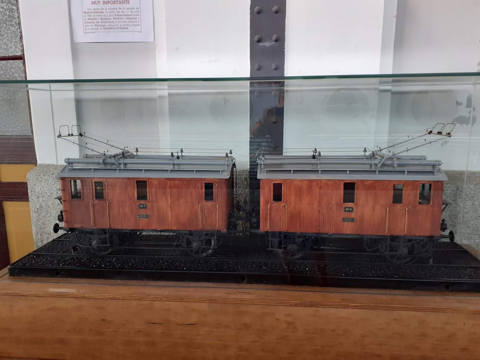 Visita al Museo del ferrocarril de Madrid – Delicias. Roberto Hernández