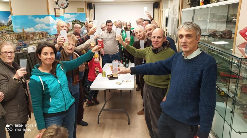 Fotografies de la reobertura del local del Club Ferroviari de Terrassa, del passat 23-NOV-2019. Socis.