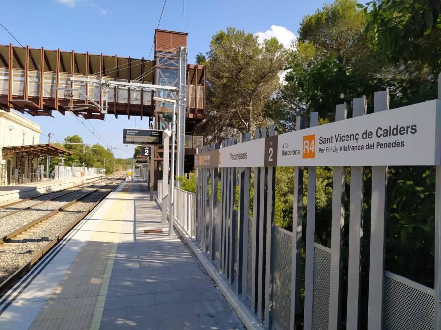 Renovació de l'estació de Vacarisses: Obres quasi acabades. Edu Martínez